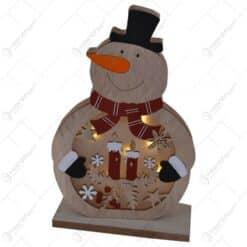 Decoratiune pentru masa cu led realizata din lemn in forma de om de zapada - Design cu lumanare si fulgi de nea (Model 1)