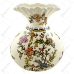 Vaza realizata din ceramica - Design cu flori (Model 3)