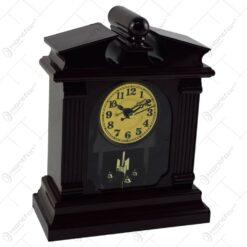 Ceas de masa realizat din lemn si metal - Diverse modele
