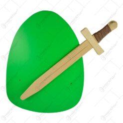 Sabie cu scut realizat din lemn - Mare