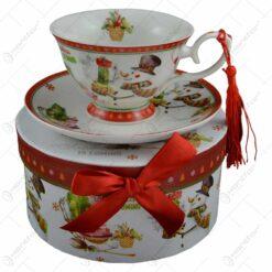 Ceasca cu farfurie de craciun din ceramica in cutie cadou - Design Om de zapada
