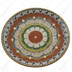 Farfurie realizata din ceramica bulgareasca (Model 3)