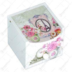 Cutie pentru bijuterie realizata din lemn - Design cu trandafiri (Model 2)