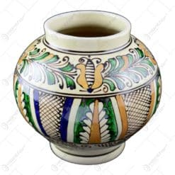 Vaza rotunda din ceramica de Corund pictat cu motive populare