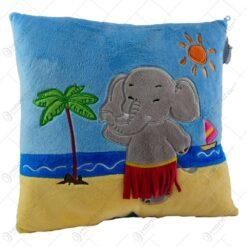 Perna decorativa realizata din material plusat - Design cu elefant - 2 modele