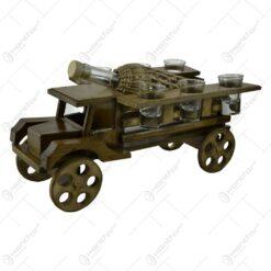 Suport lemn cu sticla impletita cu pahare in forma de camion - Design Rustic