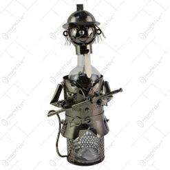 Suport realizat din metal pentru sticla de vin - Pompier