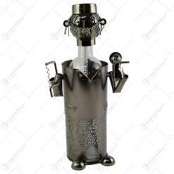 Suport realizat din metal pentru sticla de vin - Doctor (Model 2)
