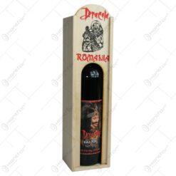 Cutie din lemn cu sticla de vin. tip stativ - Dracula - Romania - Mare