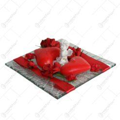 Platou decorativ cu lumanari. ingeras si trandafiri pentru Ziua indragostitilor