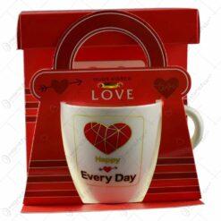 Cana realizata din ceramica in cutie cadou - Design cu inimioare si mesaj - Diverse modele (Model 1)