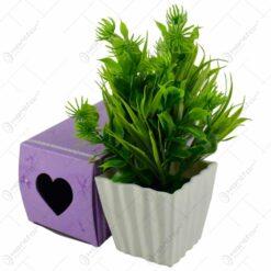 Aranjament din flori si plante artificiale in ghiveci - Diverse culori (Model 3)