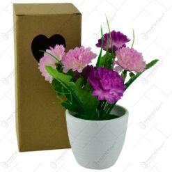 Flori artificiale in ghiveci