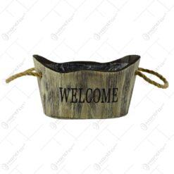 """Ghiveci cu maner realizat din lemn pentru flori - Design cu inscriptia """"Welcome"""" - 2 modele"""