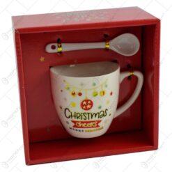Cana de craciun cu lingurita realizata din ceramica - Design Merry Christmas - Diverse modele in cutie (Model 1)