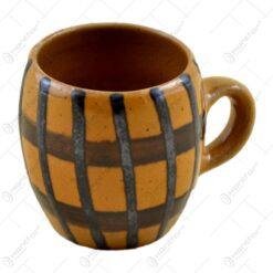 Cana realizata din ceramica - Design cu dungi
