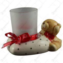 Suport pentru lumanare realizat din sticla si ceramica - Design cu ursulet si si panglica cu inimioare