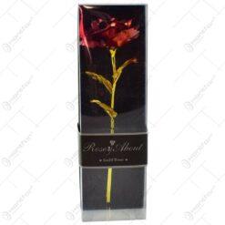 Trandafir realizat din plastic cutie cadou - Rosu (Model 1)
