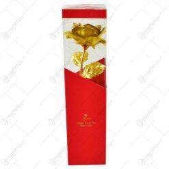 Trandafir realizat din plastic in cutie cadou - Auriu (Model 3)