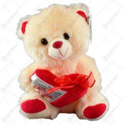 "Ursulet realizat din plus - Design cu inimioara si mesajul ""Love you"" (Model 1)"
