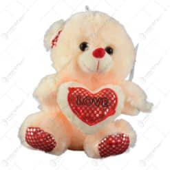 "Ursulet realizat din plus - Design cu inimioara si mesajul ""Love"" (Model 3)"