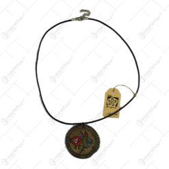 Medalion realizat manual din ceramica - Design Traditional