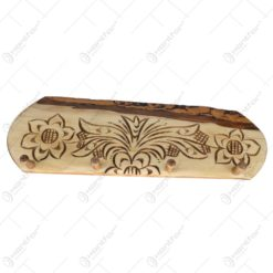 Cuier realizat din lemn - Design cu flori