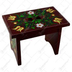 Scaun mic realizat din lemn - Design traditional pictat manual - Diverse modele