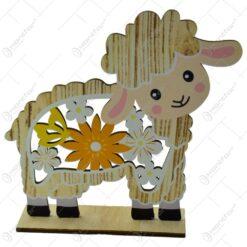 Figurina decorativa miel de Paste realizata din lemn