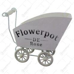 "Suport flori din lemn si plastic in forma de carucior ""Flowepot"""