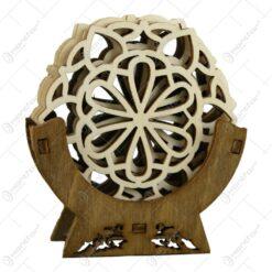 Set 6 suporturi realizate din lemn in forma de floare pentru pahare