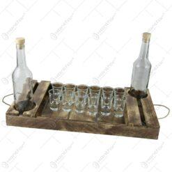 Tava din lemn cu 2 sticle si Set 12 pahare de tuica