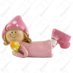 Figurina copil decorativ din rasina - Fetita/Baietel cu ciuperca