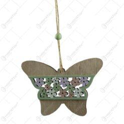 Decoratiune usa in forma de fluture si florare realizata din lemn