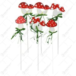 Pick ciuperca - Set 8 decoratiuni in forma de ciuperci pe bat