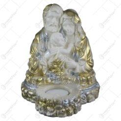 "Statueta ""Sfanta Familie"" din ipsos cu candela 14x17 CM"