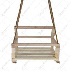 Leagan pentru copii realizat din lemn