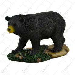 Ornament urs realizat din rasina