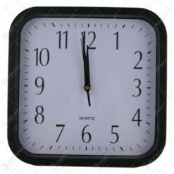 Ceas de perete patrat din plastic Negru/Alb 28 CM