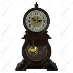 Ceas de masa din plastic cu pendula 24x39 CM