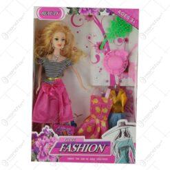 Papusa cu garderoba si acesorii Fashion Girl