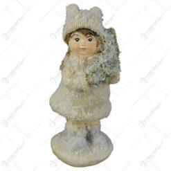 Figurina Craciun Fetita cu brad 10 CM