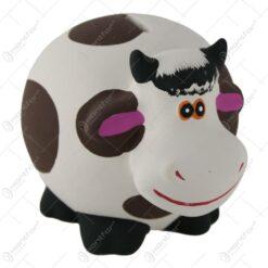 Pusculita ceramica in forma de vaca