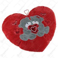 Perna decorativa in forma de inima - Design cu inimioare si ursuleti