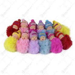 "Set 12 brelocuri bebe cu pompon pufos si mesajul ""Love"""