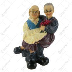 Figurina cuplu de batrani din rasina 14 CM