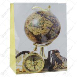 Punga cadou din hartie 18x23 CM - Design Glob pamantesc si lupa