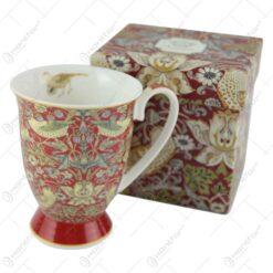 "Cana din portelan ""Red"" de William Morris in cutie cadou - Design cu flori si pasari"