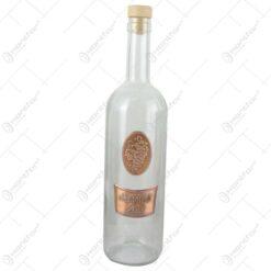 "Sticla cu eticheta metalica ""La mult ani""/Strugure 0.7 L"