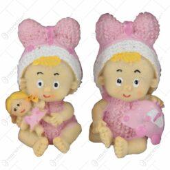 Set 2 figurine rasina cu adeziv Fetite cu jucarii 6 CM